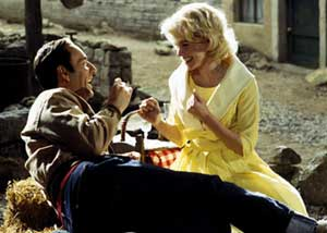 Kevin Spacey as Bobby Darin and Kate Bosworth as Sandra Dee in Beyond the Sea