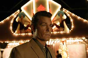 He's been Tangoed - Ray Liotta as orange faced mobster Macha in Revolver