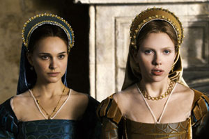 Natalie Portman as Anne Boleyn and Scarlet Johansson as Mary Boleyn