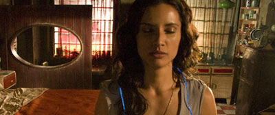 Luz (Leonor Varela) logs on in Sleep Dealer
