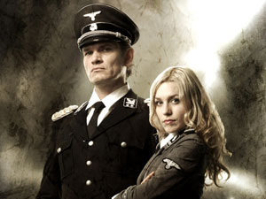 Klaus Adler (Otto Götz and Renate (Julia Dietze) in Iron Sky