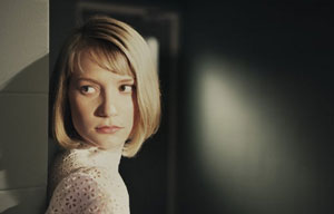 Mia Wasikowska as Hannah in The Double