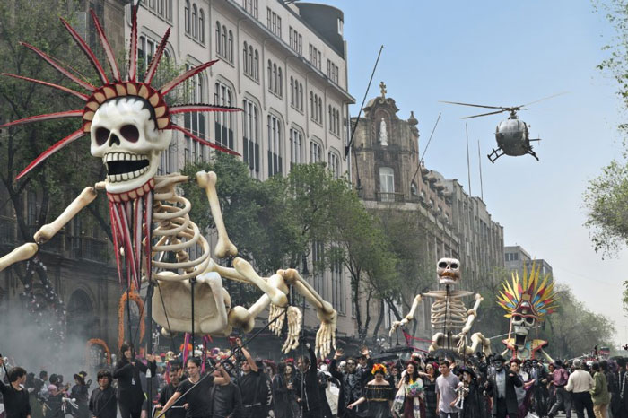 Day of the Dead parade about to be disrupted in Spectre