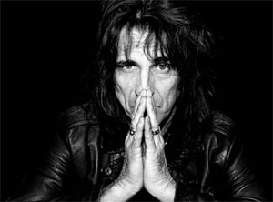 Alice Cooper - still going strong in 2010